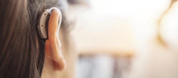 難聴と補聴器