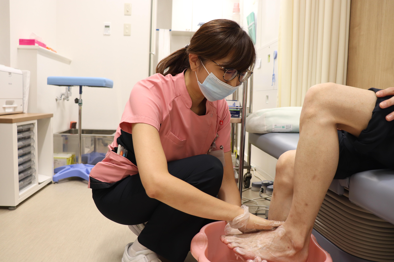 看護師によるフットケア